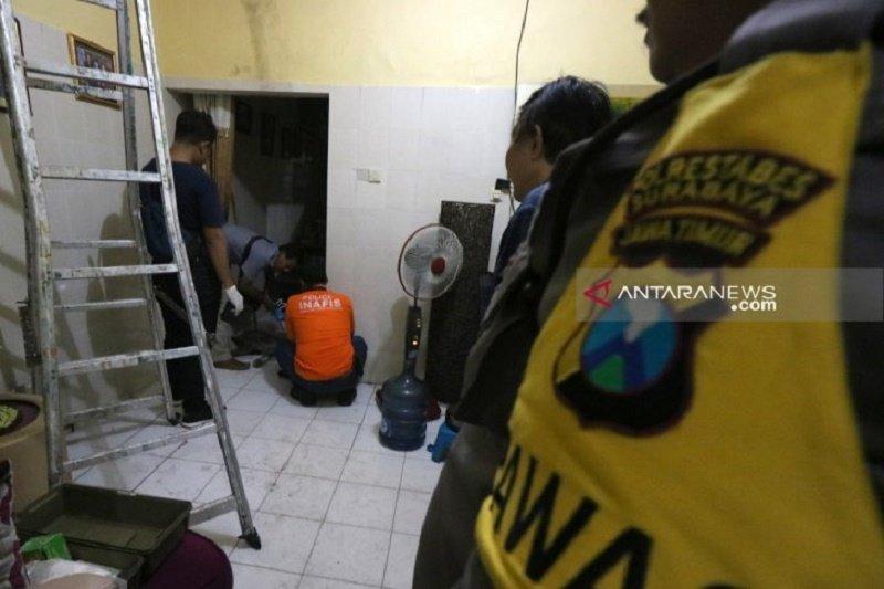 Polrestabes selidiki laporan teror bom molotov di Surabaya