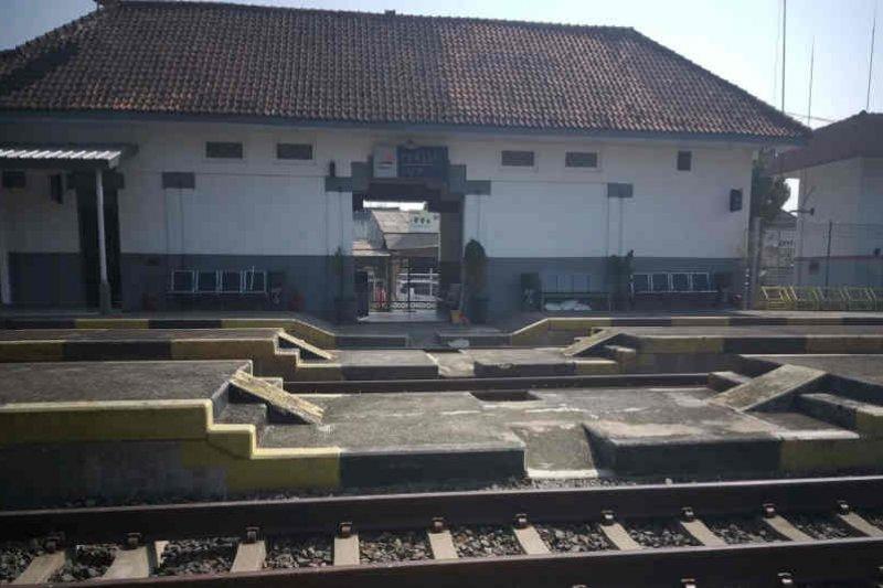 Stasiun kereta Terisi Indramayu kembali layani penumpang 1 Agustus