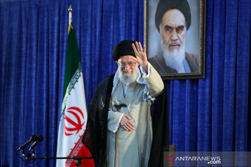Khamenei inginkan Iran menanggalkan harapan akan bantuan Eropa