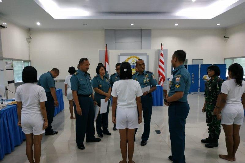 Danlantamal VIII Manado pimpim sidang Pantukhirda calon prajurit TNI AL