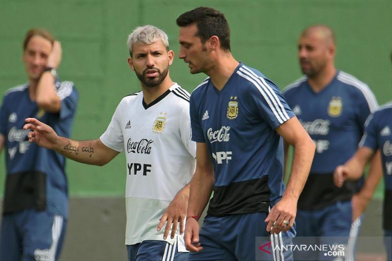 Scaloni perpanjang kontrak dengan Argentina