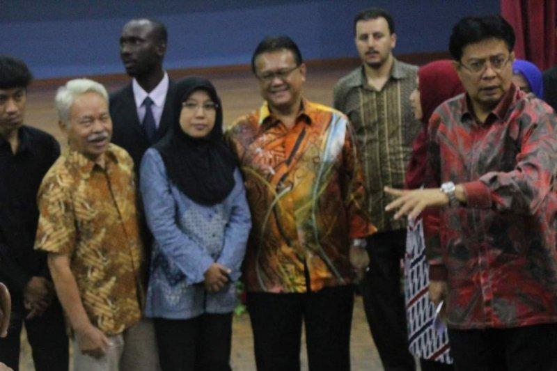 Pengamat : Pasangan Jokowi-Ma'ruf hadapi tantangan besar kembalikan kepercayaan masyarakat