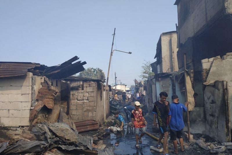 66 bangunan warga di Tanah Abang hangus  terbakar