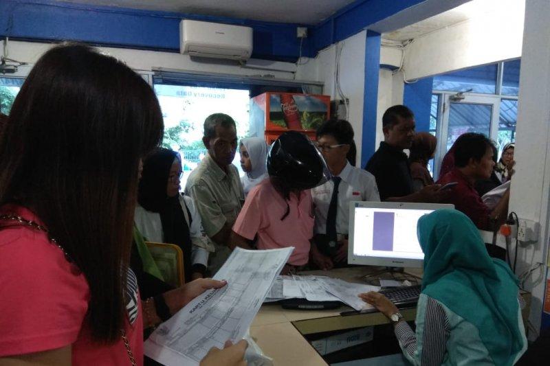 """Warnet di Tanjungpinang """"diserbu"""" pendaftar PPDB online"""