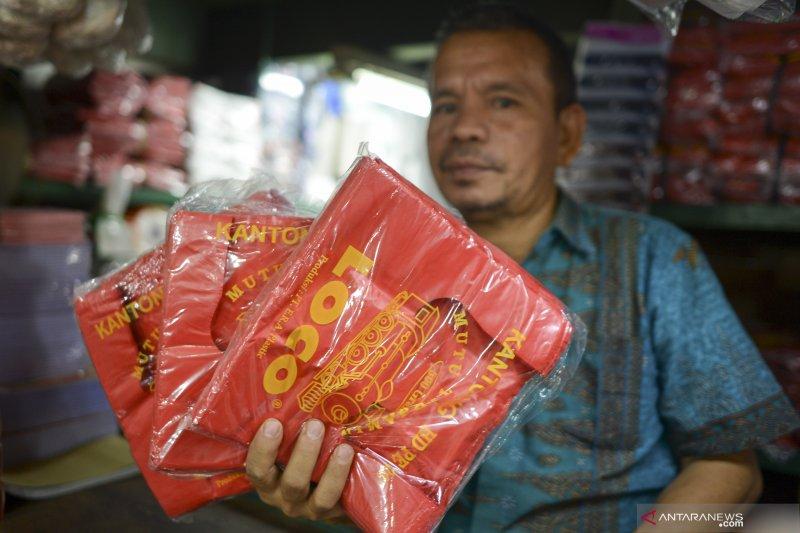 Anies diharapkan konsisten jalankan kebijakan pelarangan kantong plastik