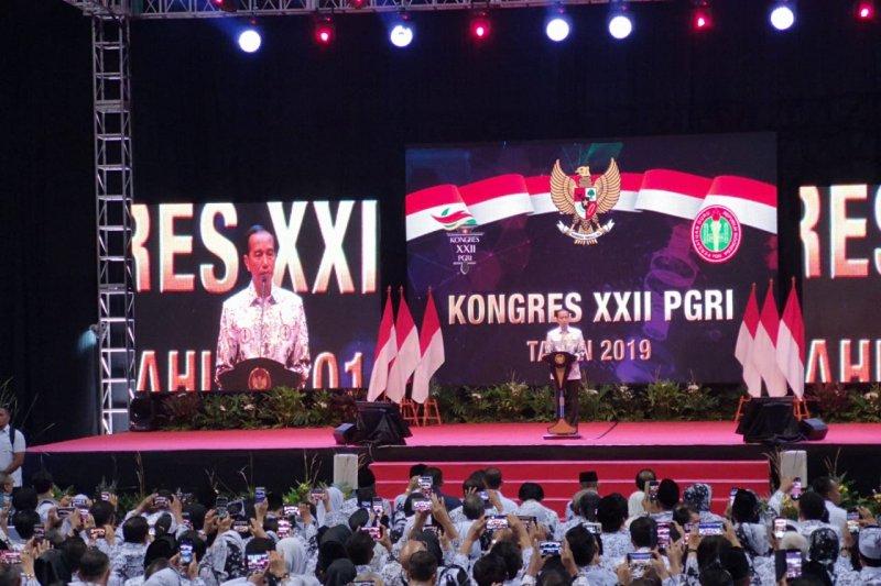 Presiden: Guru harus mampu kelola dan arahkan siswa