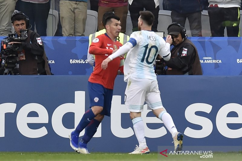 Meski Messi kartu merah, Argentina tetap sukses