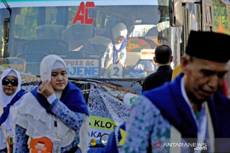 Jamaah calon haji embarkasi Makassar