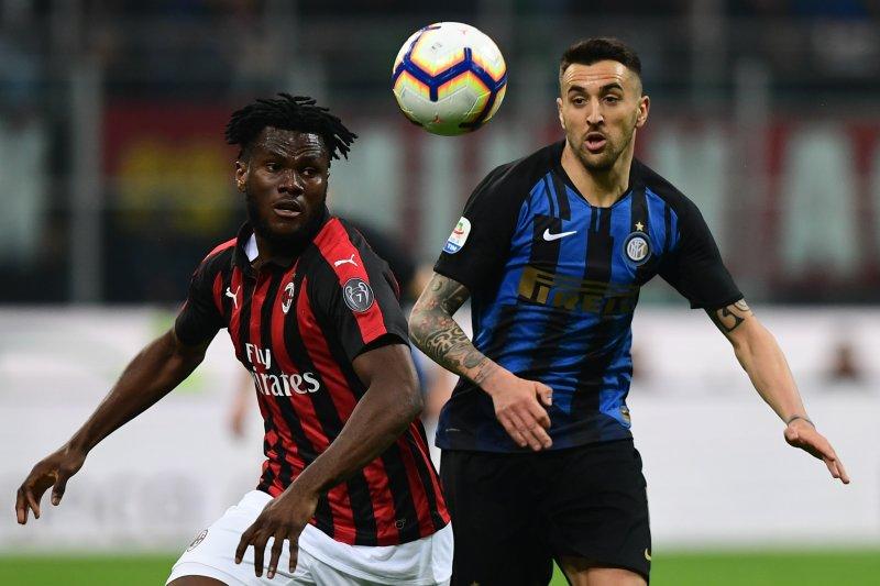 Duo Milan lucurkan proposal bangun stadion baru