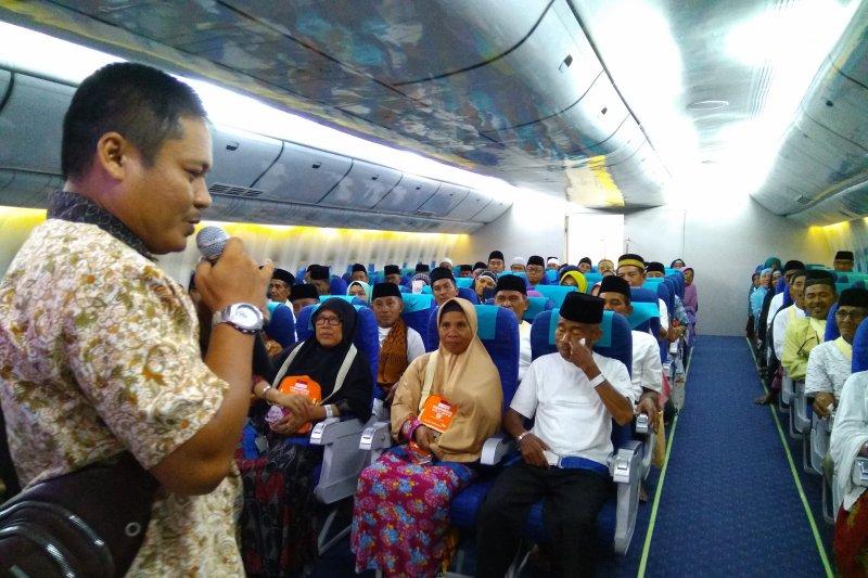 Jamaah Embarkasi Makassar dapat menu khas daerah di Tanah Suci