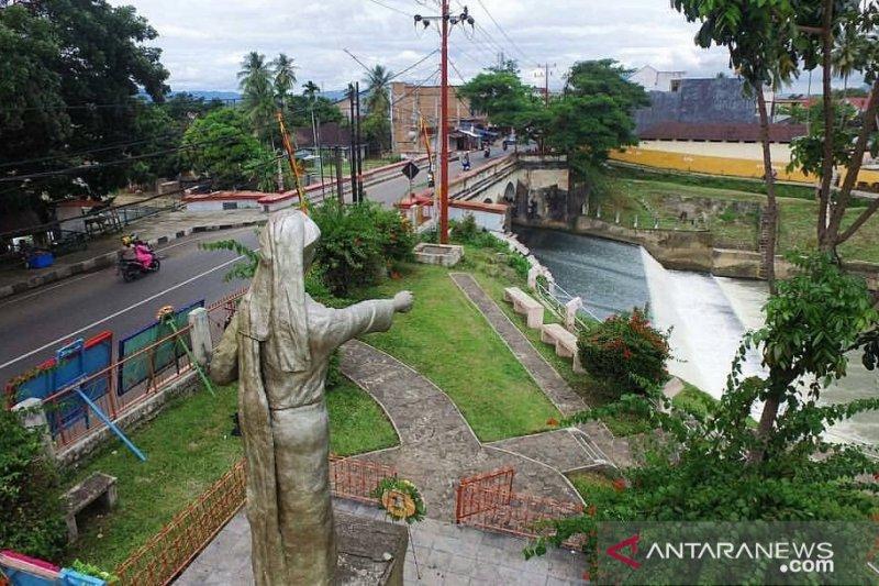 Cegah pungli, Satpol-PP perketat pengawasan RTH Jembatan Ratapan Ibu