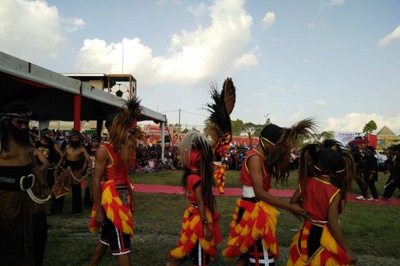 Mahasiswa KKN Unila ikut meriahkan Festival Skala Bekhak