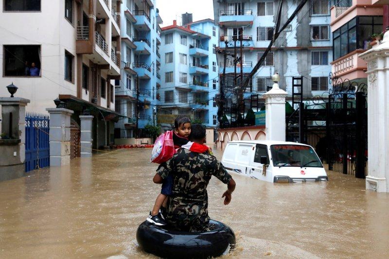 Korban tewas banjir Nepal naik jadi 47, puluhan orang masih hilang