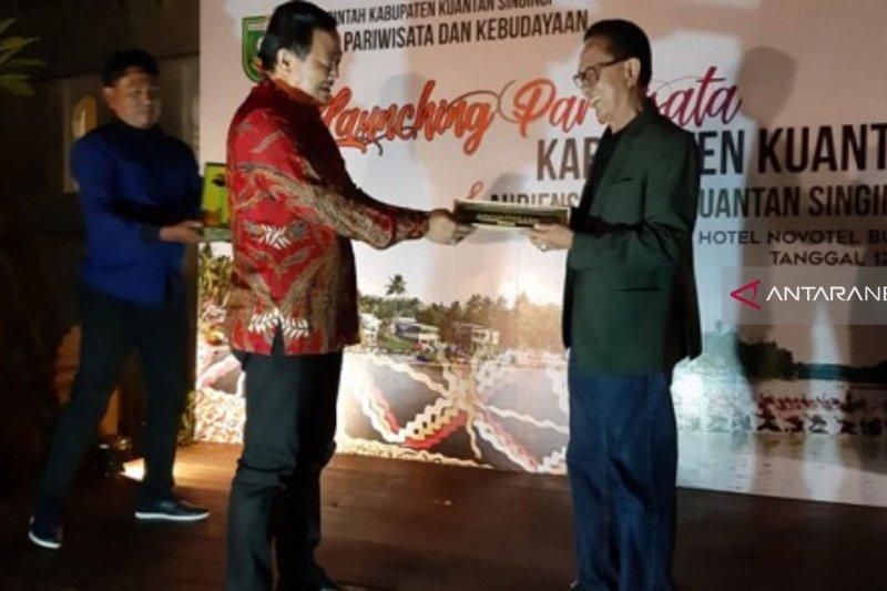 Pemkab Kuansing promosi Festival Pacu Jalur di Bukittinggi