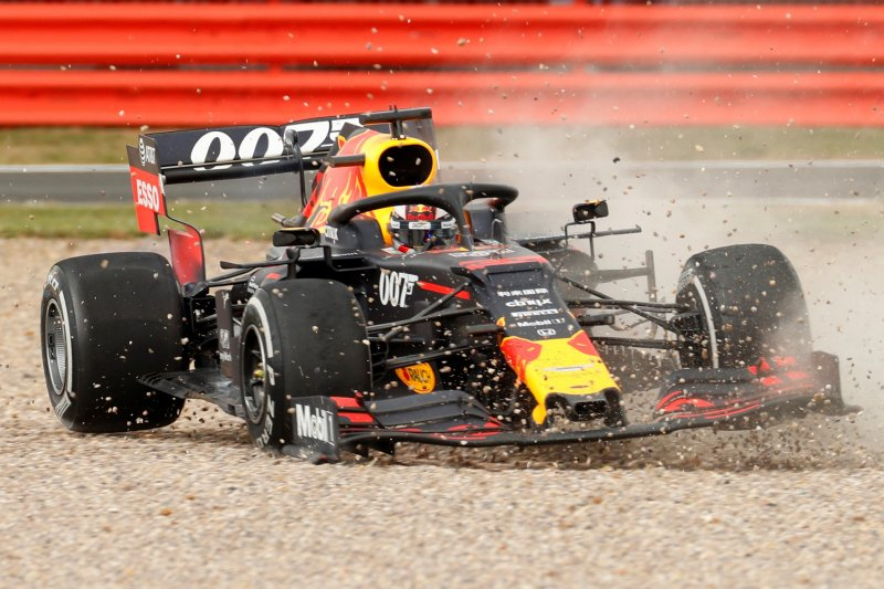 Vettel: saya mohon maaf kepada Verstappen