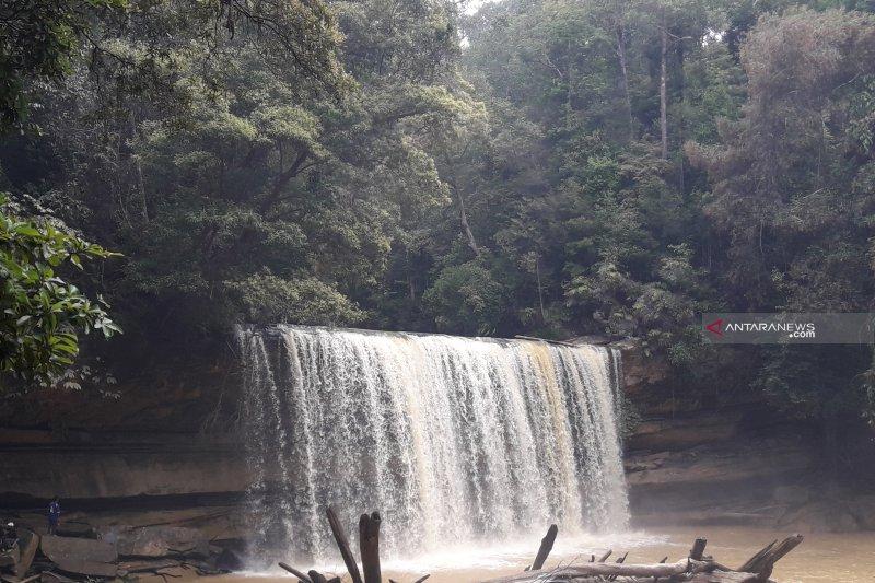 Kabupaten Nunukan punya Air Terjun Bangen Tawai di Desa Seladuyan Taka
