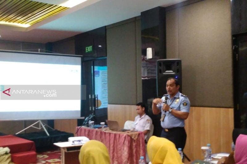 Imigrasi Palembang deportasi 24 orang warga negara asing