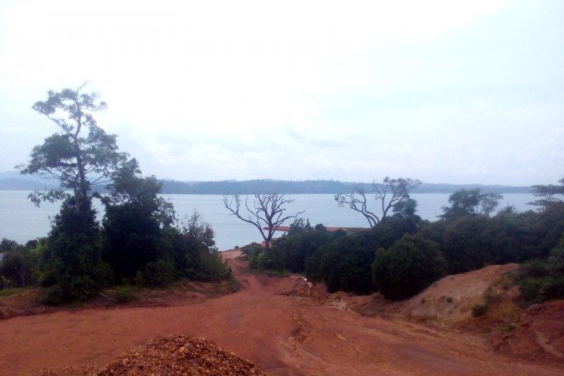 KPK diminta periksa tambang pasir di Lingga