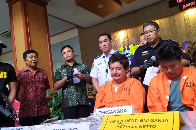 VPT tersangka asal Lampung ditangkap dapat kiriman biji ganja dari  Jerman