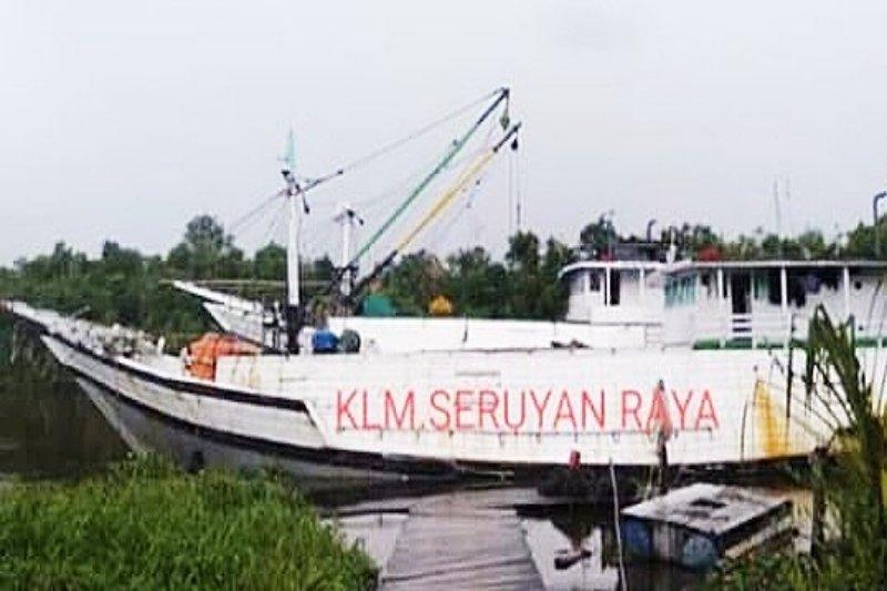 Kapal bermuatan karet tujuan Pontianak tenggelam di perairan Kotim