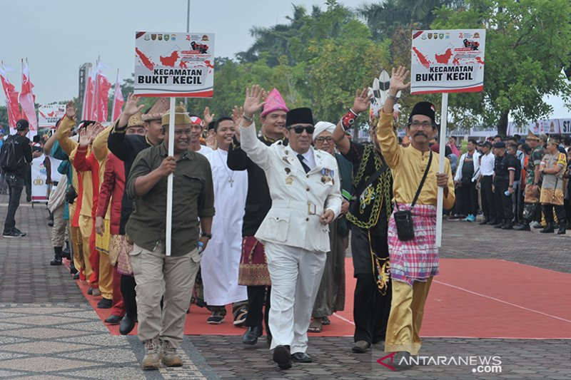 Karnaval Kebhinekaan diramaikan Satuan kepolisian, Kecamatan, dan Ormas