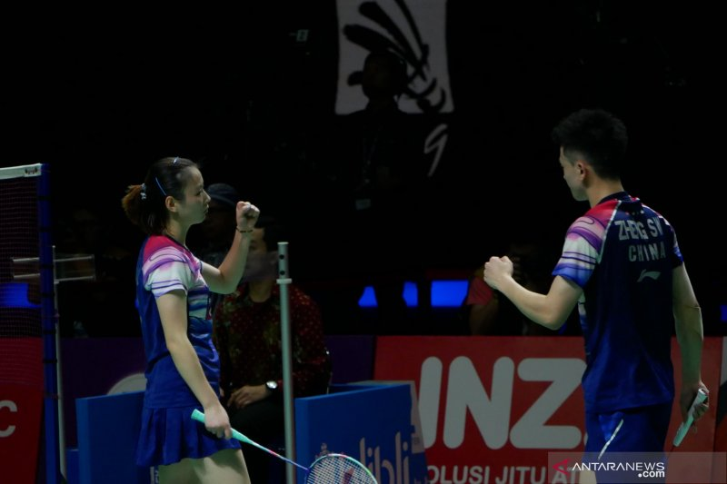 Zheng Si Wei/Huang Ya Qiong menang di All China Final
