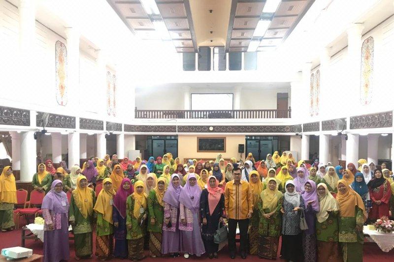 Salimah -Aisyiah Sumbar gelar Seminar Nasional Perempuan Berkemajuan