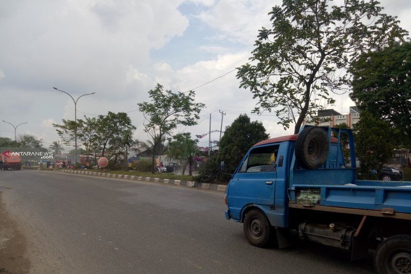 Pedagang asongan di Palembang tewas bersimbah darah diduga ditembak supir truk