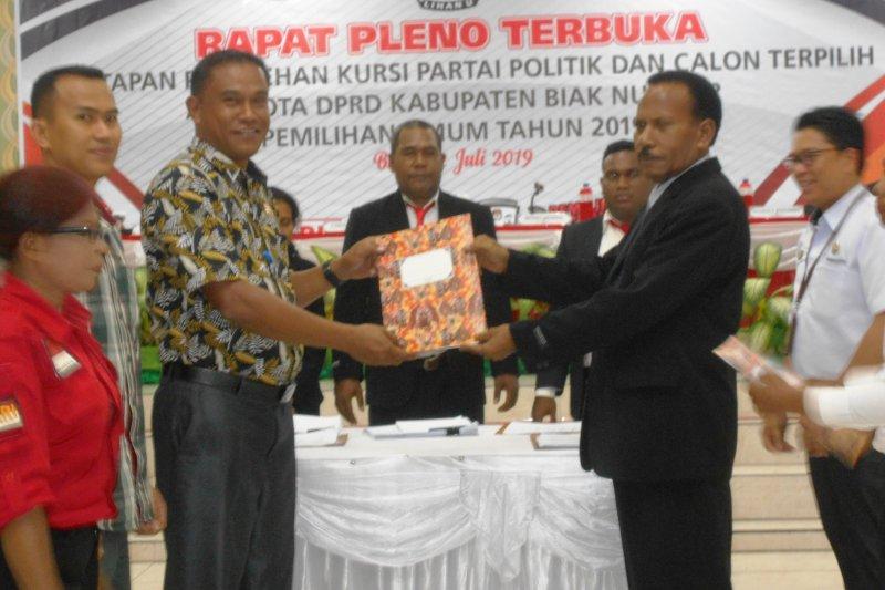 KPU Biak Numfor tetapkan 25 caleg terpilih DPRD hasil pemilu 2019