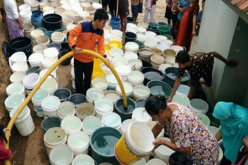890 ribu liter air didistribusikan ke daerah kekeringan di Banyumas