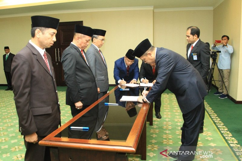 Menteri Agama lantik tiga Rektor UIN secara bersamaan
