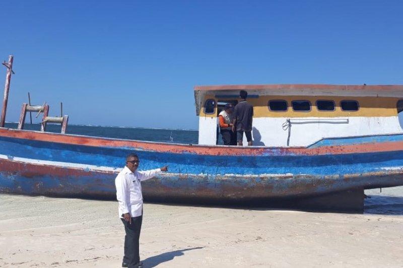 Kapal ikan tanpa awak ternyata milik nelayan Timor Tengah Utara
