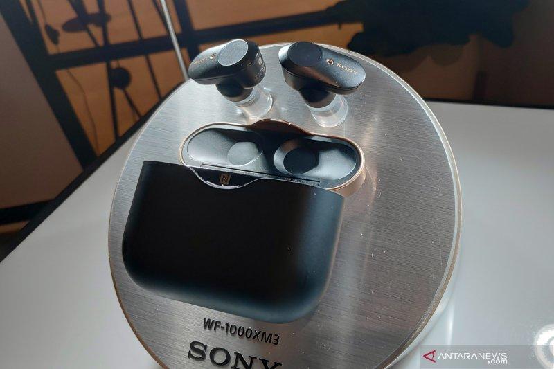 Earphone nirkabel Sony WF-1000XM3 tawarkan baterai tahan lama