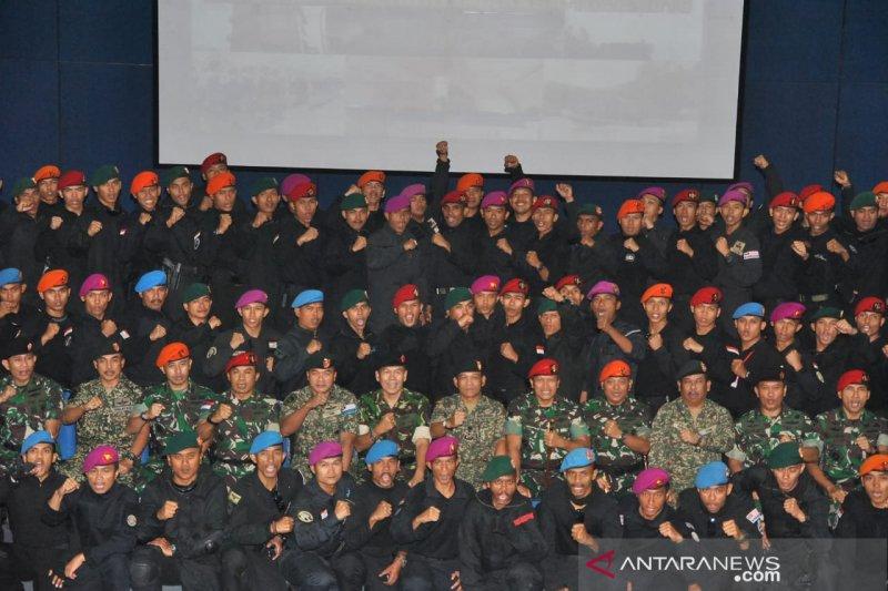 Tentara Indonesia dan Malaysia latihan bersama penanggulangan teroris