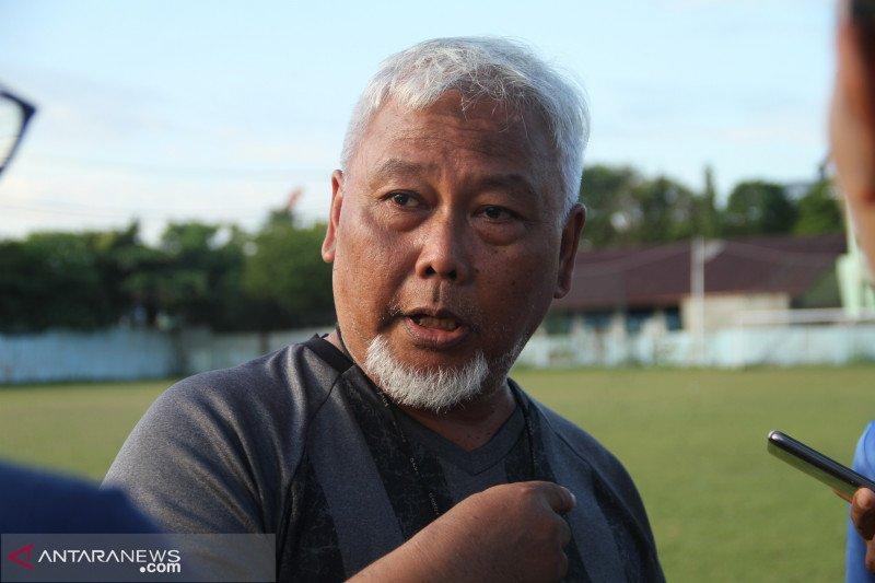 Sepak bola putri Indonesia berduka atas berpulangnya pelatih Satia Bagdja