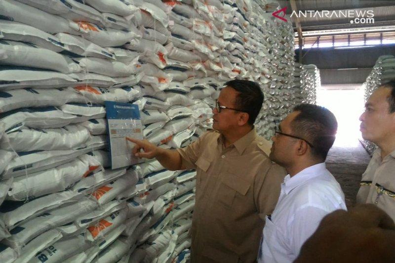 Bulog Sumsel-Babel pastikan persediaan beras cukup untuk 10 bulan
