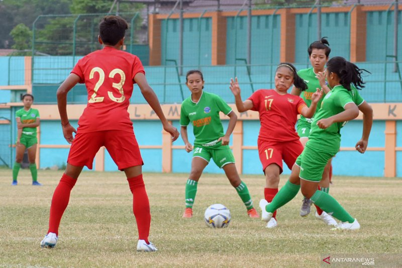 Timnas putri Indonesia uji coba di Thailand jelang Piala AFF