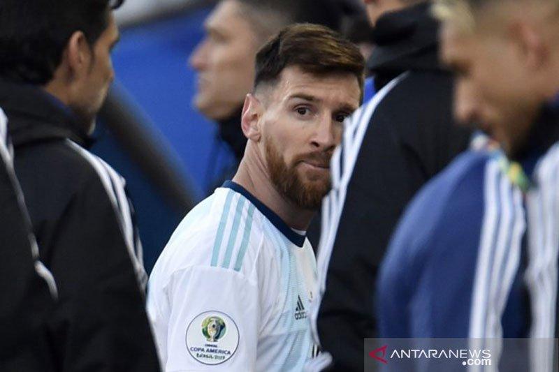 """Barca tenang saja,  Messi """"bisa pergi"""" akhir musim"""