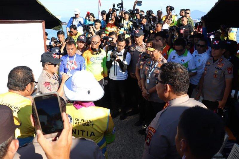 Pemecahan rekor selam massal, nama Indonesia makin mendunia