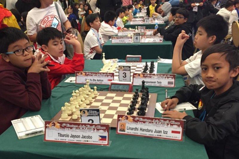Pecatur Indonesia raih tiga emas kejuaraan catur kilat di Bangkok