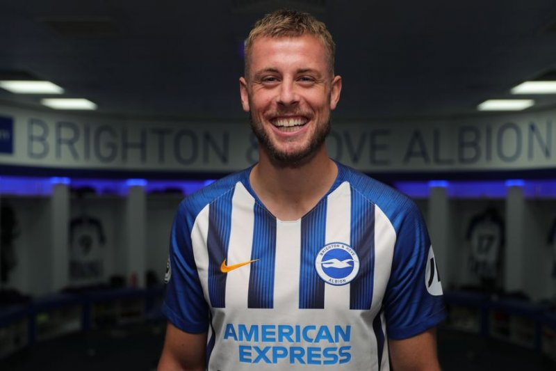 Adam Webster diikat Brighton