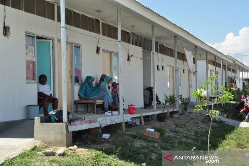 Sebagian Huntara di Palu, Sigi dan Donggala terkendala listrik