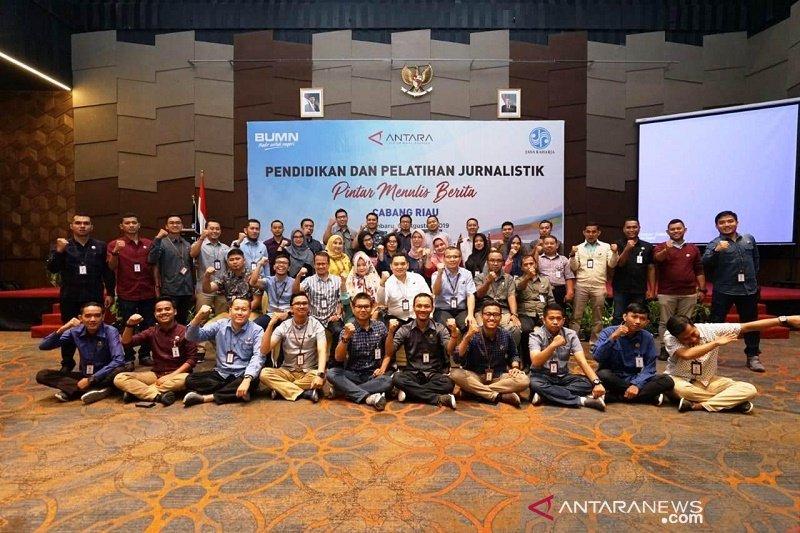 Perkuat Kompetensi Pegawai Jasa Raharja Riau bekali pegawai keterampilan jurnalistik