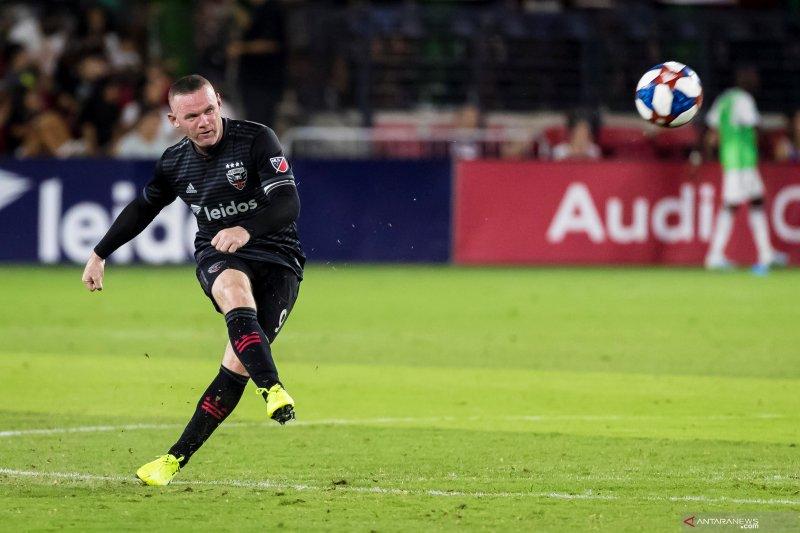 Derby County bidik Rooney jadi pemain sekaligus pelatih
