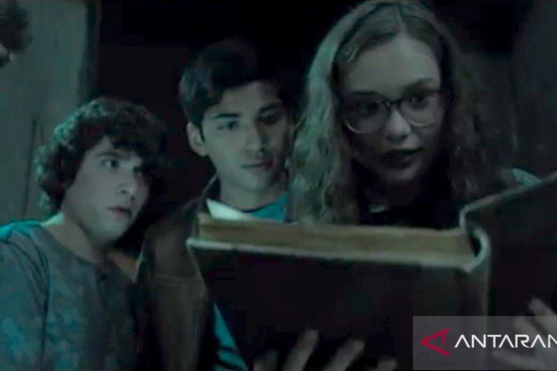 """Scary Stories to Tell in the Dark"", enam cerita horor di dalam satu film"