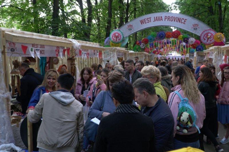 Payung Geulis Tasikmalaya laris manis di Moskow Rusia