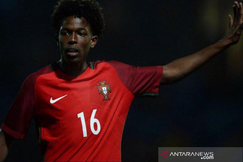 Manchester City rampungkan transfer pemain belia Sporting Lisbon