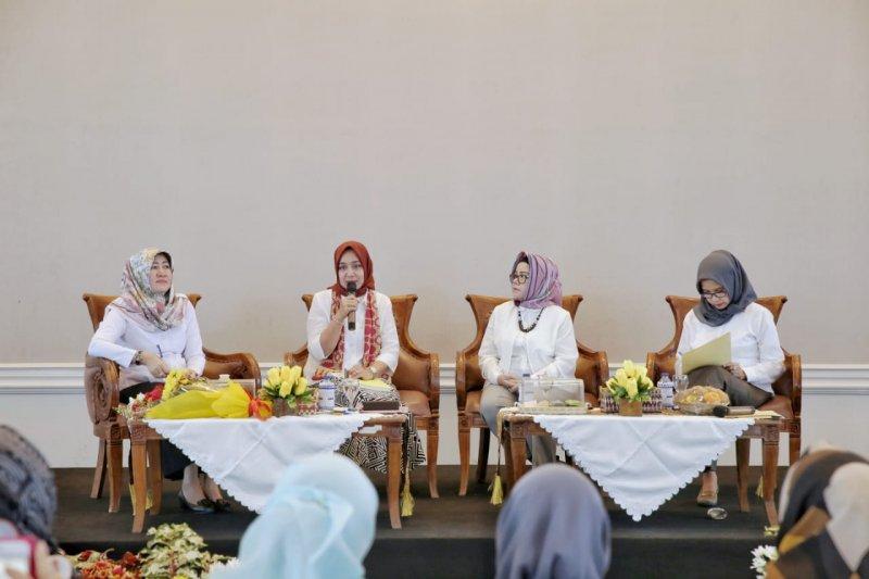 Dekranasda Lampung bertekad dongkrak pamor Batik Semanggi