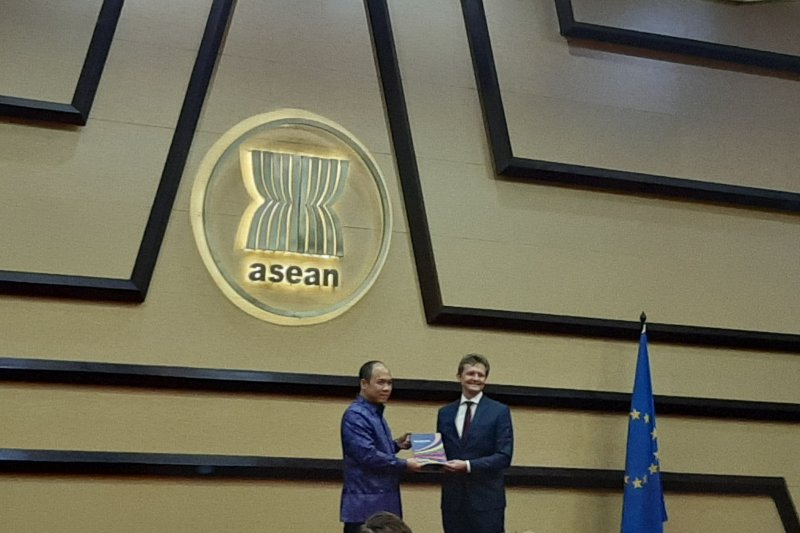 EU, ASEAN launch 2019 Blue Book