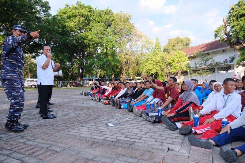 Wagub  motivasi paskibra Sulawesi Selatan